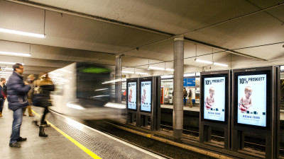cc-no-2016-w9-digital-adshel-metro-rema1000-01.jpg
